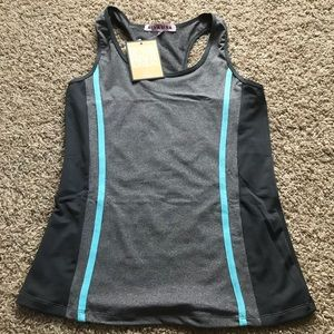 Tops - NWT Work Out Tank